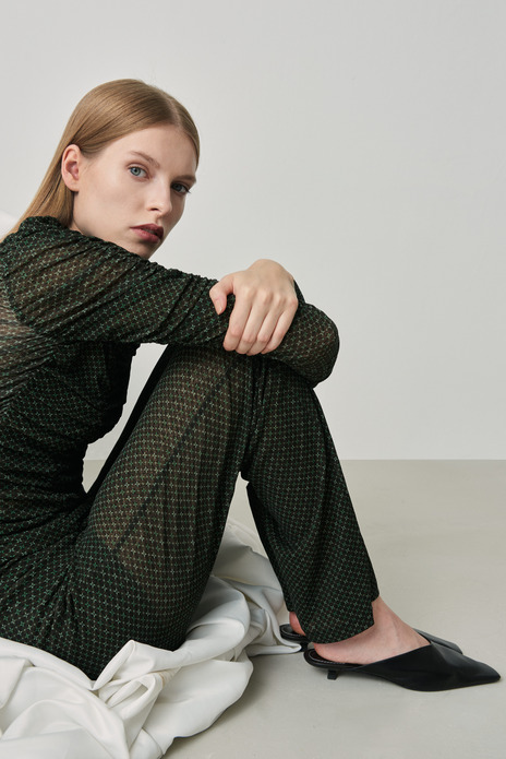 Draped mesh rollneck blouse green